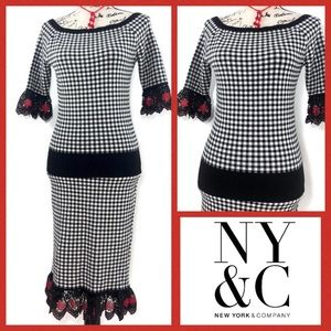 New York & Company 2 piece Skirt & Top Knit Suit
